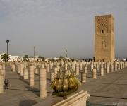 Rabat, Hassan toren, plein van pilaren, incomplete moskee