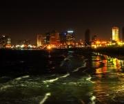 Tel Aviv bij nacht, gezien vanaf Jaffa